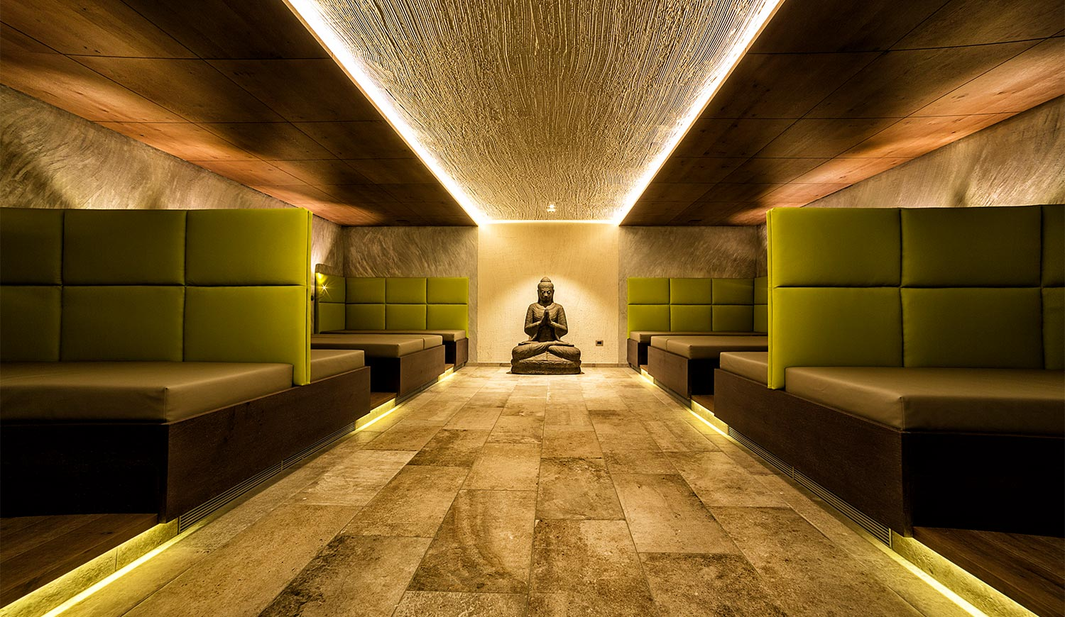 The entrance to the world of saunas at the Ideal Park Hotel